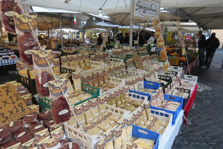 Baby Boomer Travel   Italy   pasta and vendors
