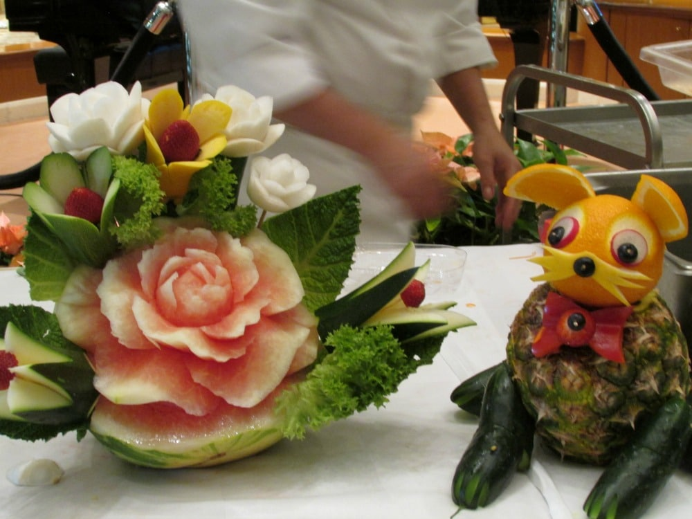 Baby Boomer Travel   Cruising   Fruit Carving Lesson