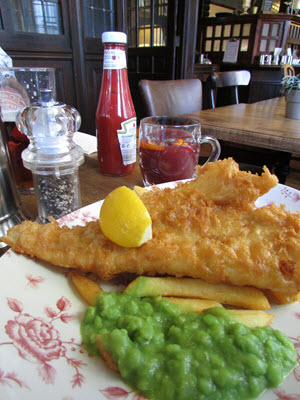 Baby Boomer Travel | London | Wellington Pub Fish and Chips