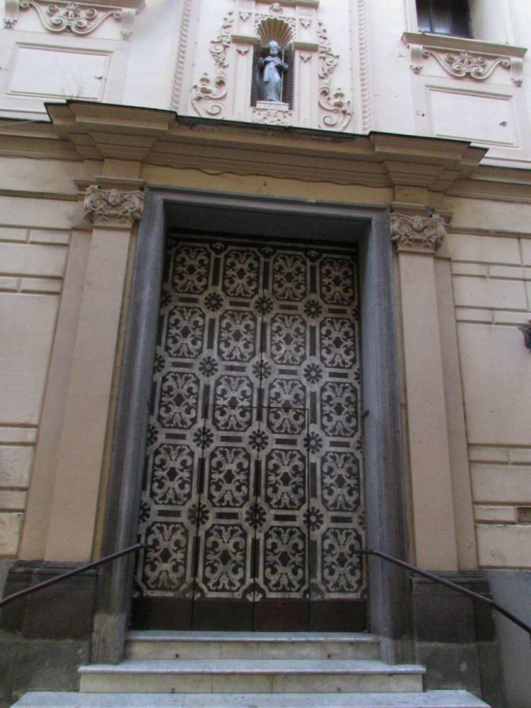 Door in Sorrento