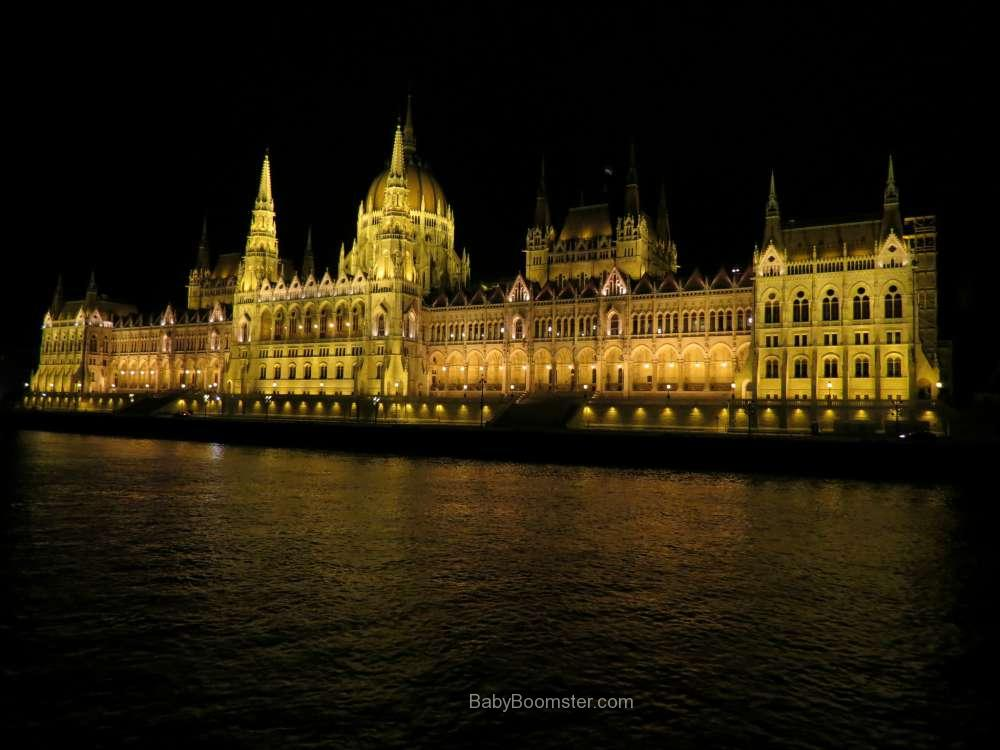 Baby Boomer Travel   Hungary   Parliment - Budapest