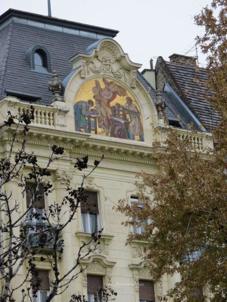 Baby Boomer Travel   Hungary   Top of a Home - Budapest
