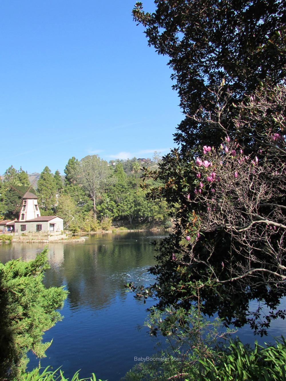 SRF Lake Shrine