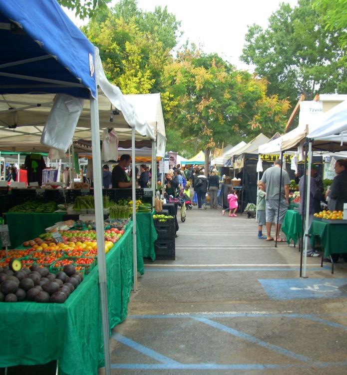 Baby Boomer Health   Farmers Market   Calabasas, California