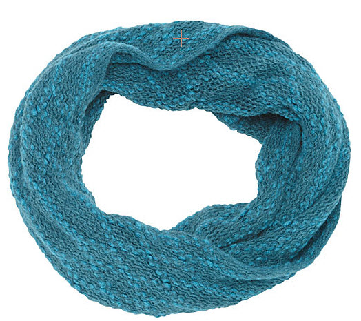 Baby Boomer Travel | Travel Gear | Magrid Knit Infinity Scarf