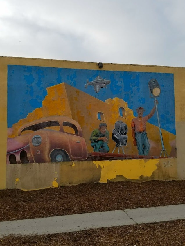 Boomer Travel   Street Art   NOHO bike path - North Hollywood