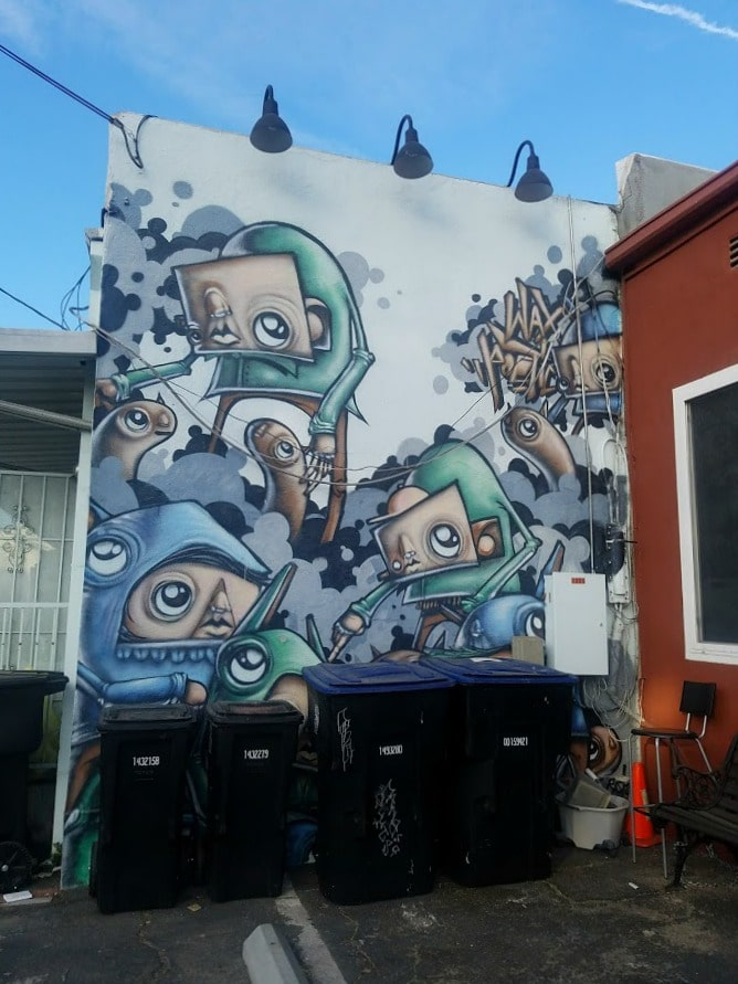 Baby Boomer Travel | Street Art | Burbank | Eyeballs