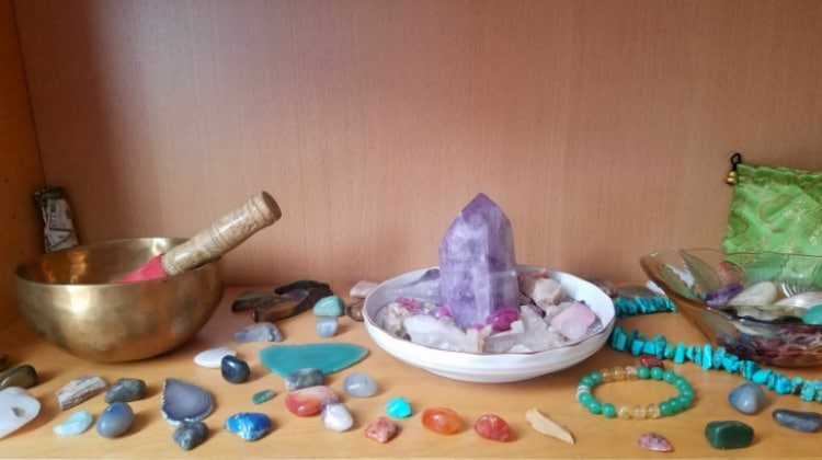 I created a meditation altar with crystals using a shelf on my bookcase because I don't have room in my apartment #meditation #crystals #singingbowl