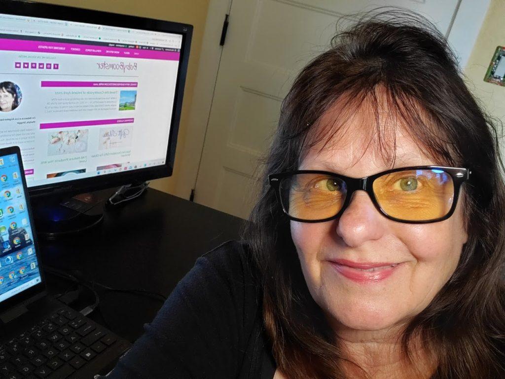 Swanwick Glasses to block blue light